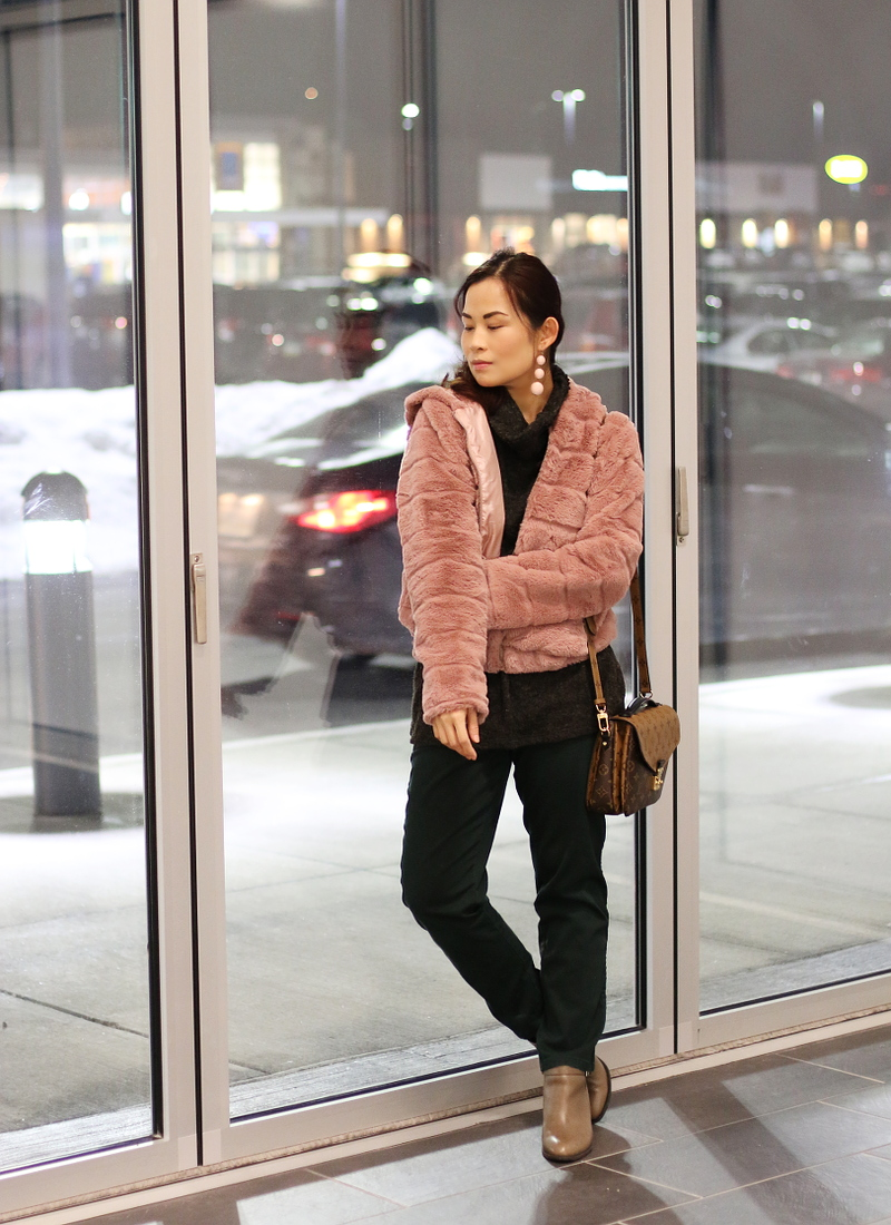 old-rose-dusty-pink-coat-green-pants-lv-bag-13