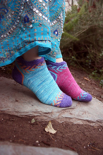 Crystal Socklet by Lynn DT Hershberger (ColorJoy)