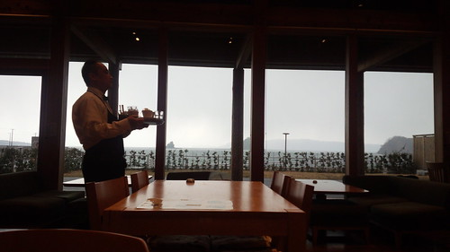 阿武道の駅の食堂の眺め