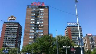 "Soliteri ""Šest kaplara"", blok 21, Novi Beograd"
