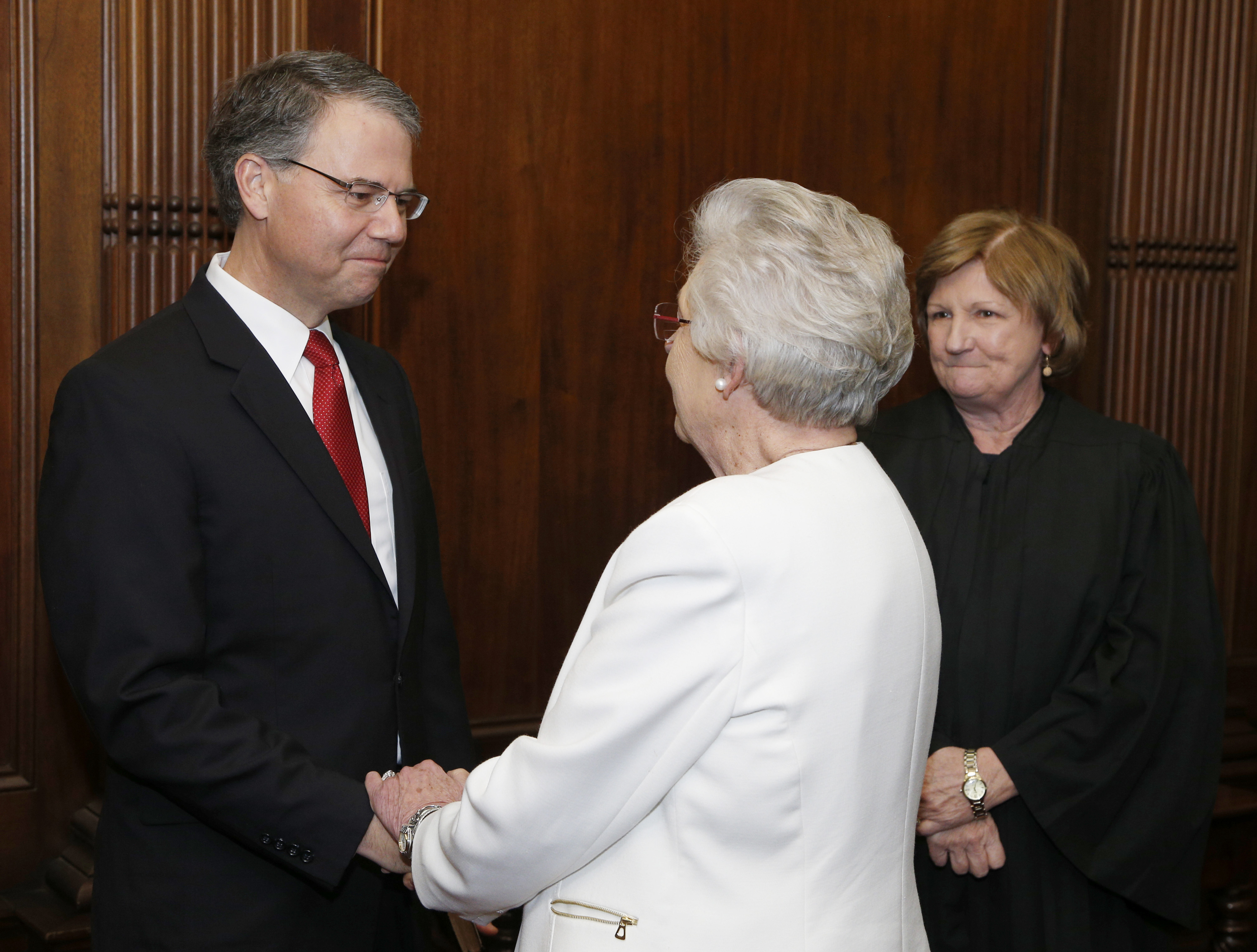 Governor Ivey Appoints Circuit Judge Brad Mendheim of Dothan to the