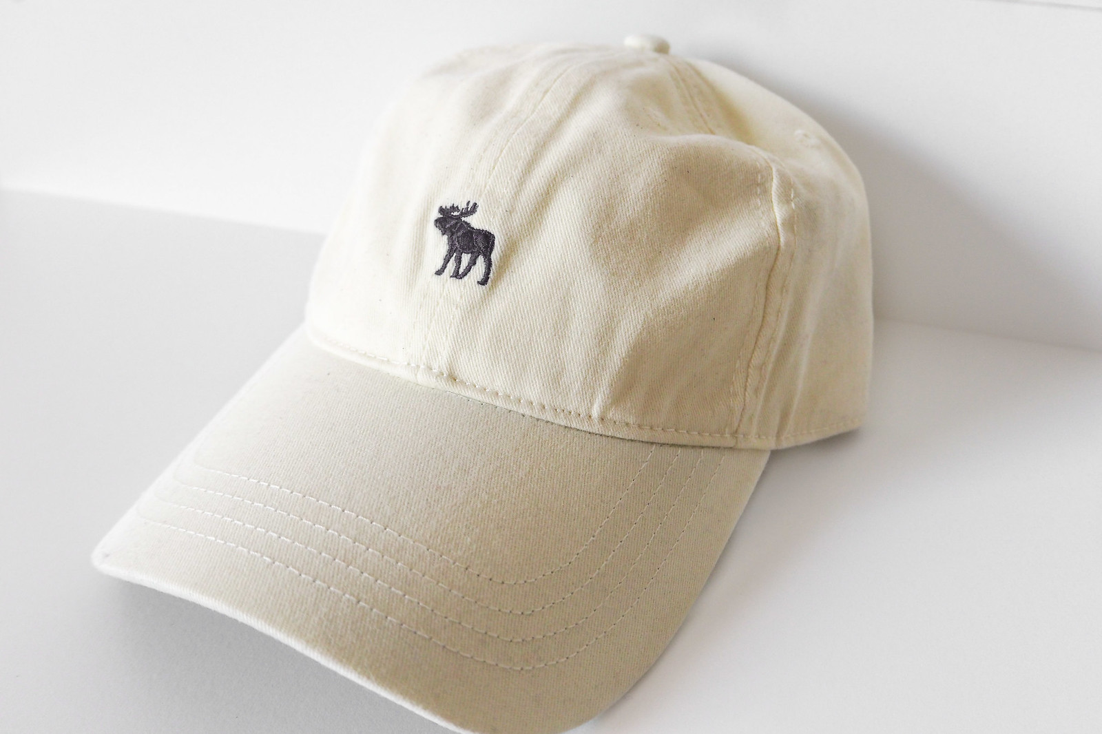 abercrombie & fitch yellow moose cap