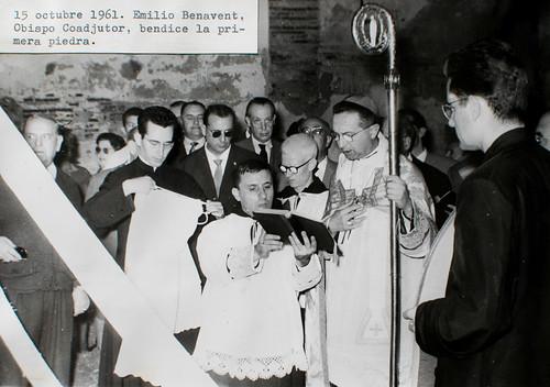 15 octubre 1961 [2] - Emilio Benavent, Obispo Coadjutor, bendice la primera piedra