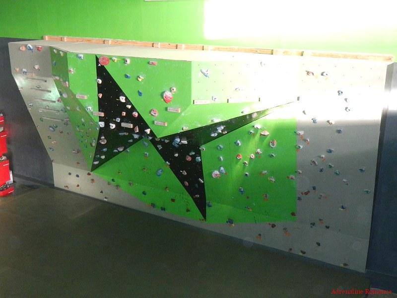 Crossfit Subtero Bouldering Wall
