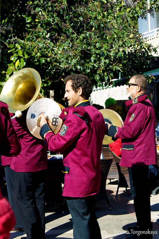 Музыканты из оркестра Дженовичей