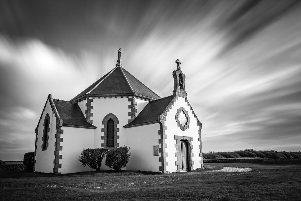 Petite chapelle dans le vent 39839881191_06eaea9ab0_b