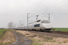 Train 2421 à Vahl-lès-Bénestroff