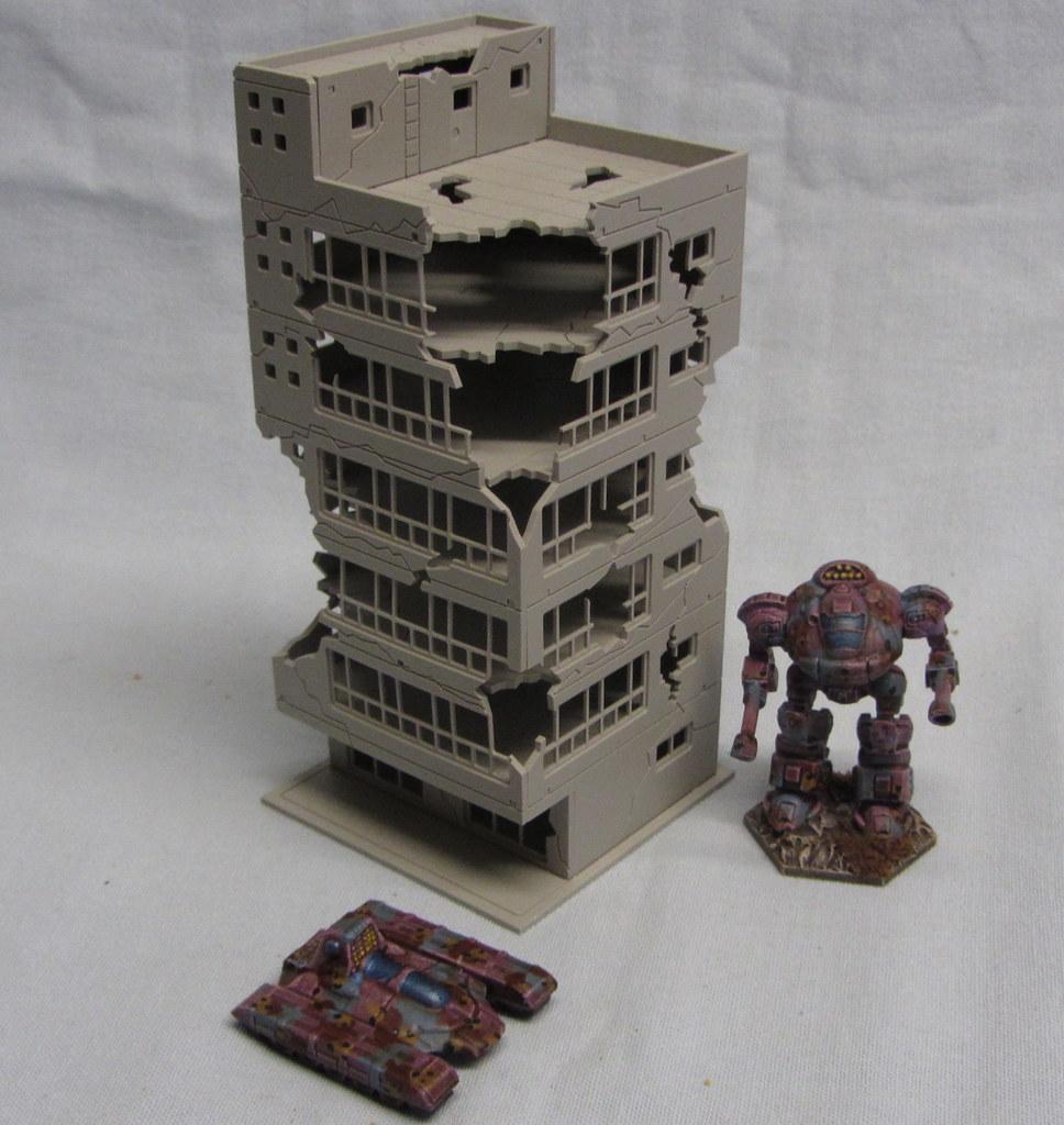 46_UTF_building