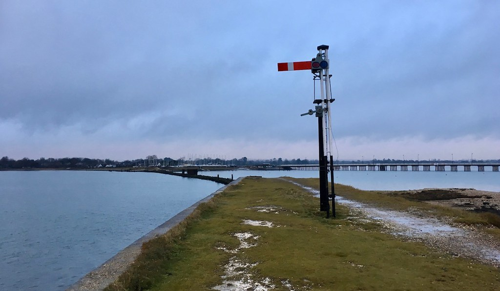 Old signal, Hayling Island railway Portsmouth to Hayling Island walk