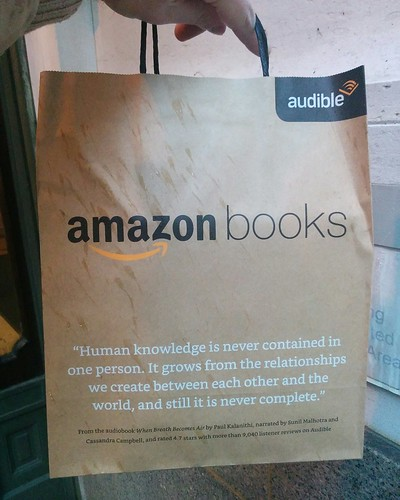 Amazon Books (7) #newyorkcity #newyork #manhattan #amazonbooks #shopping #bookstore #paperbag #shoppingbags #west34thstreet #west34th #latergram