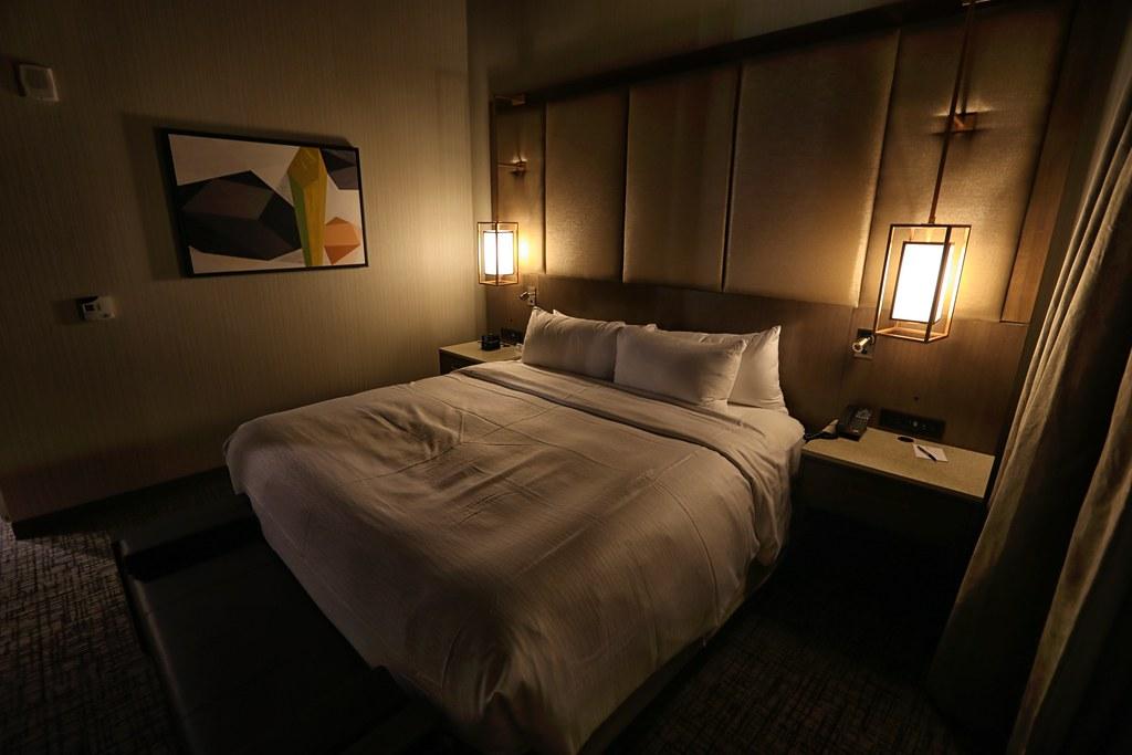 Hilton H Hotel LAX 28