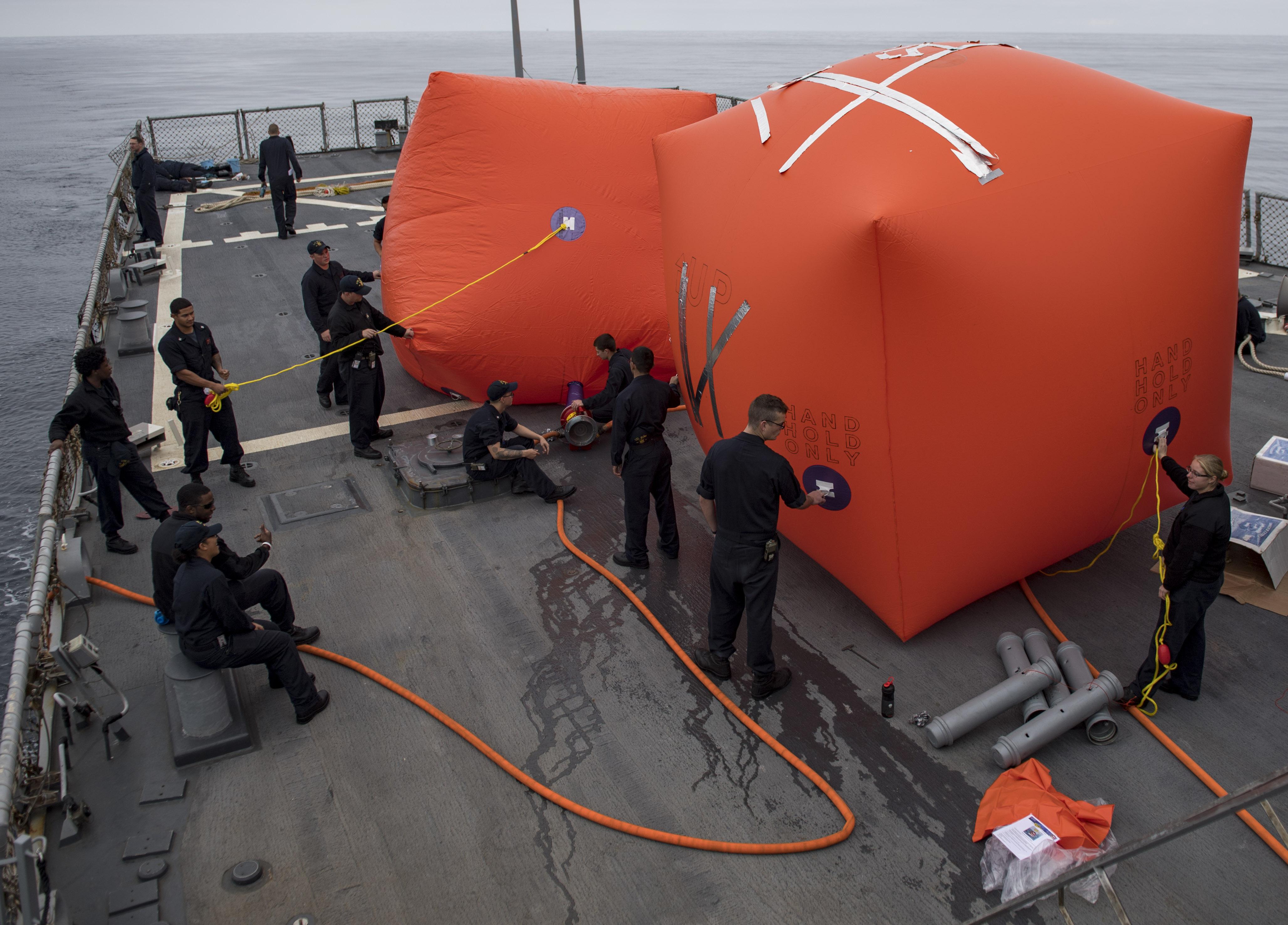 USS Ross - RMN Tarik Ben Ziad  39721677811_77efbafdcf_o_d
