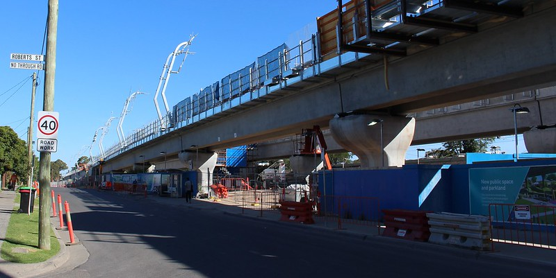 Noble Park skyrail under construction: Mons Parade