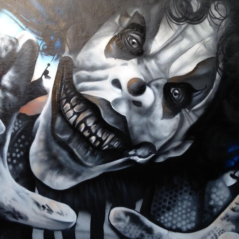 5 clown