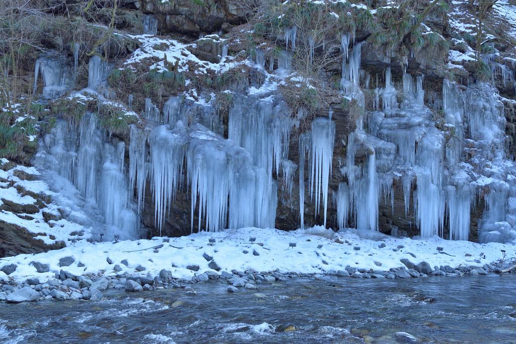 自然の氷柱:Natural Icicles