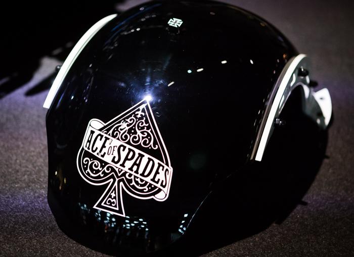 moottoripyörämessut 2018 helsinki mp-messut petrol circus rakennettu moottoripyörä kustom ace of spades pataässä