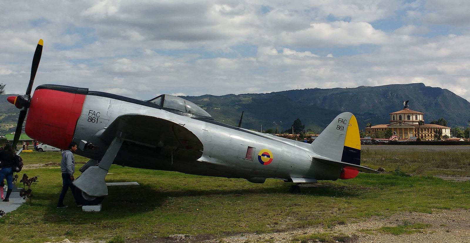 17. Thunderbolt-P47-D