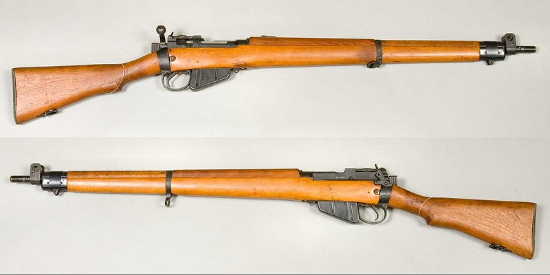 Lee-Enfield_No_4_Mk_I_(1943)_-_AM.032027