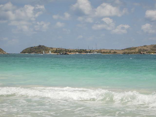 2017-04-21 11-22-27 Pinel Island, Nikon COOLPIX AW120