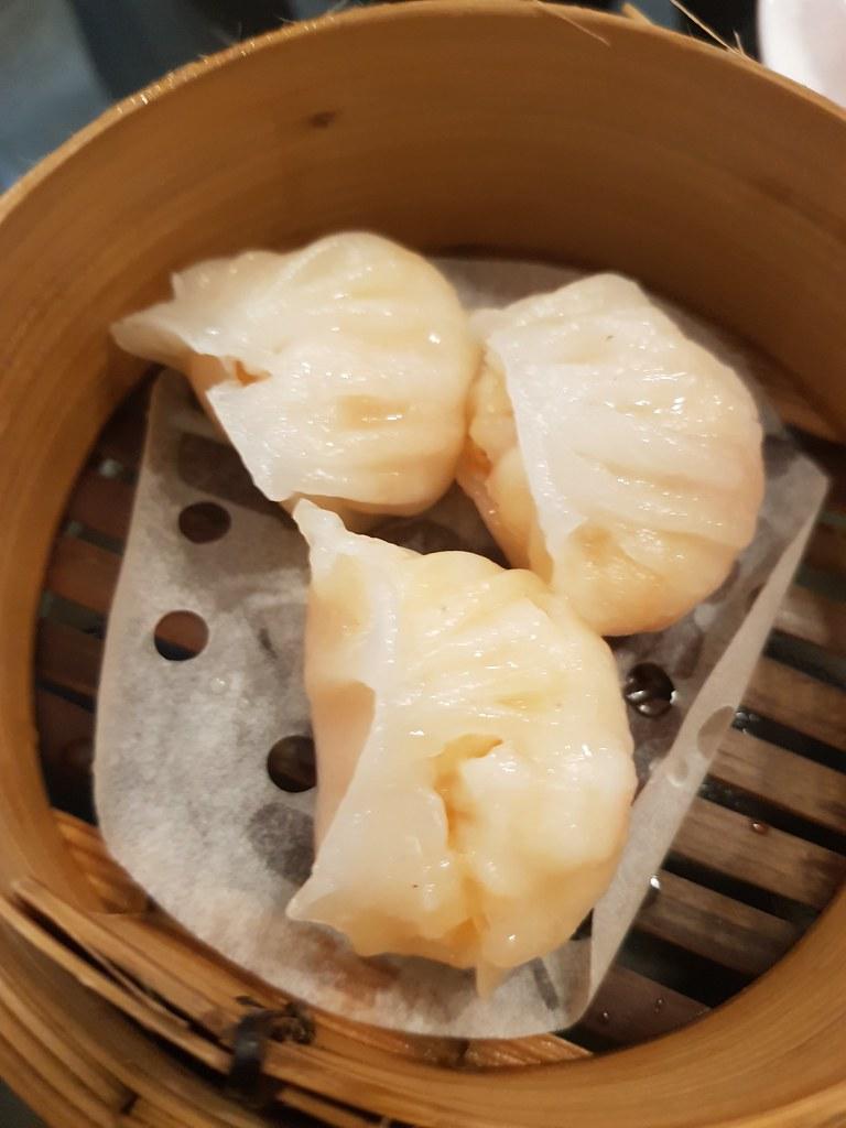 水晶鮮蝦餃 Steamed Prawn Dumpling $8 @ The Queen Shah Alam
