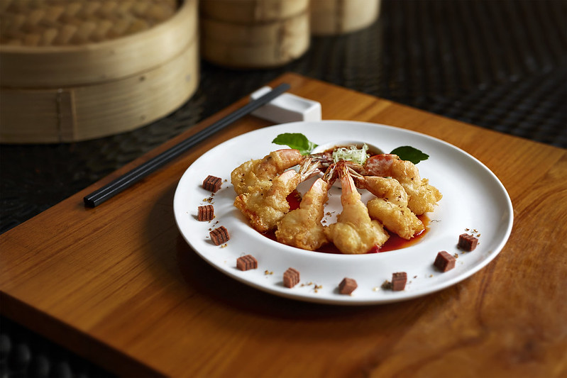 CNY2018_TheWestinKL_Deep Fried Prawn with Hawthorn Sauce topped with Osmanthus