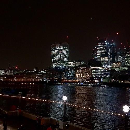 Londra: luci della city