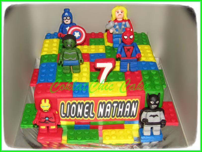 Cake Lego Superhero LIONEL NATHAN 18 cm