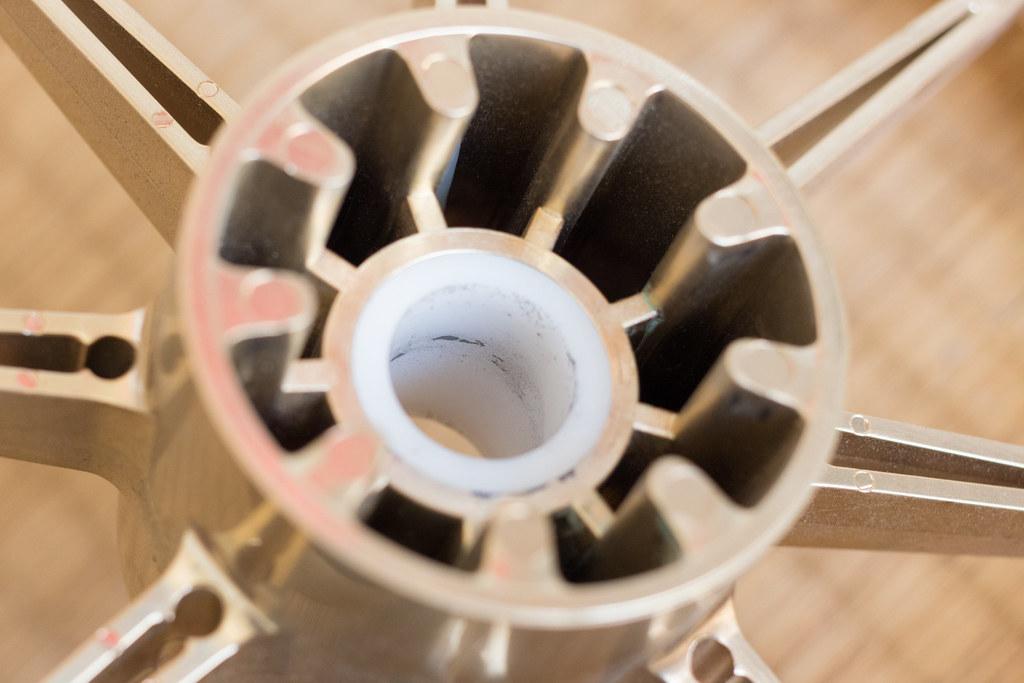 東京乳母車『プスプス』軸受内部の汚れ