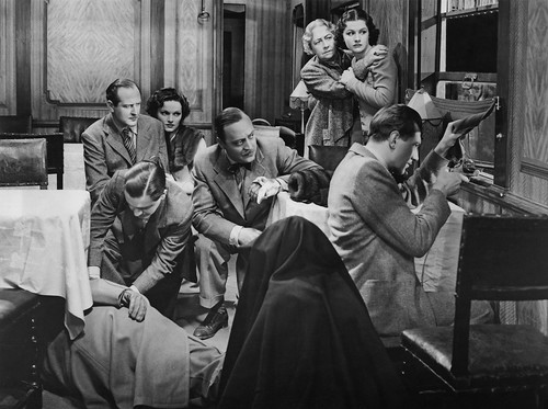 The Lady Vanishes - 1938 - screenshot 10