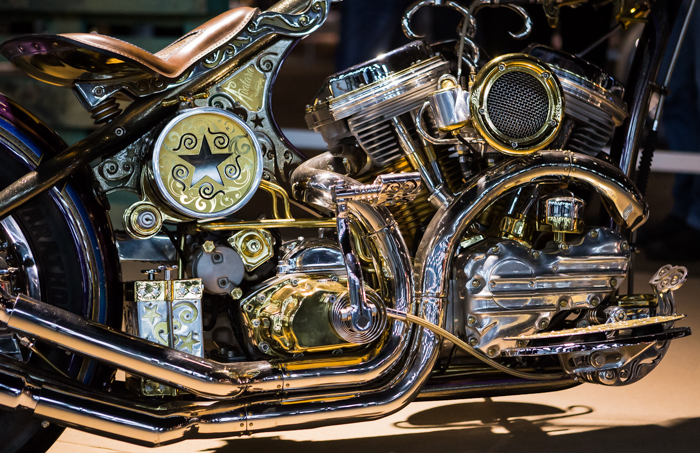 moottoripyörämessut 2018 helsinki mp-messut petrol circus rakennettu moottoripyörä kustom kromi moottori