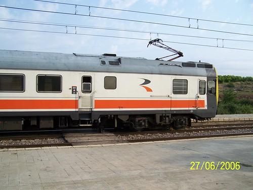 TER n° 9-444-002-0 de la RENFE en gare de Calatorao (détail du véhicule de queue)