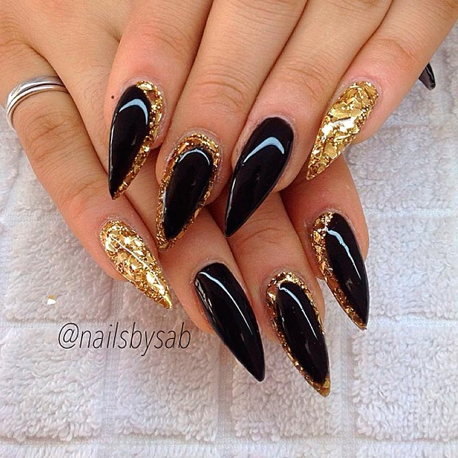 24 Lovely Black And Gold Nails Designs Nails C