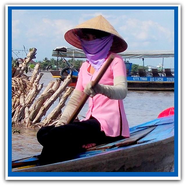 N 007 Vietnamese Ladies, Nikon COOLPIX L25
