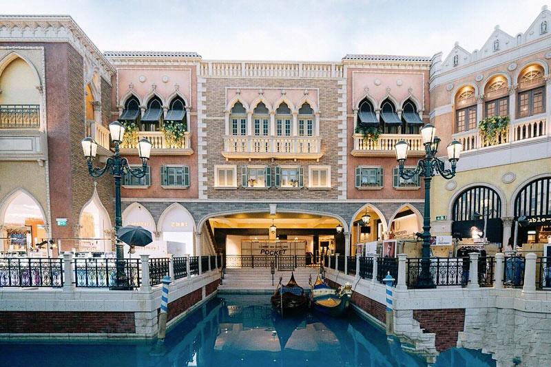 Salah satu area di dalam The Venetian Makau, mal sekaligus kasino.
