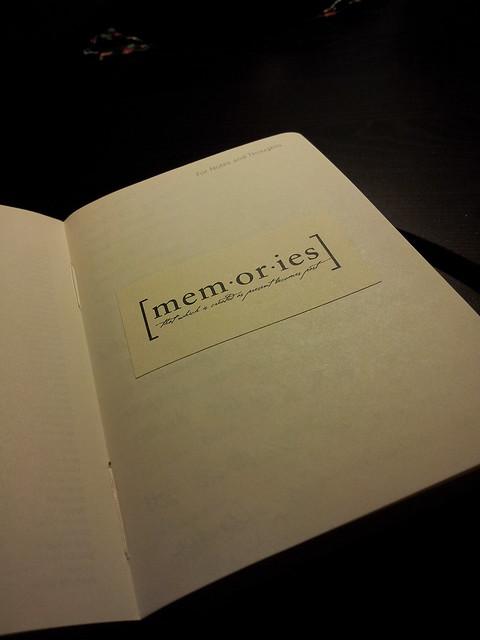 london-memories-sticker