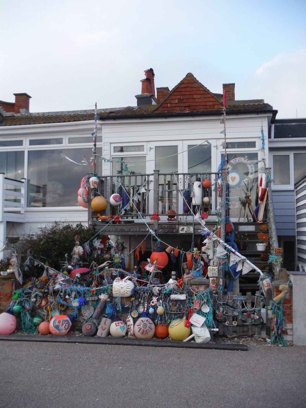 A Hoarder's House, Bexhill SWC Walk 66 - Eastbourne to Hastings via Bexhill