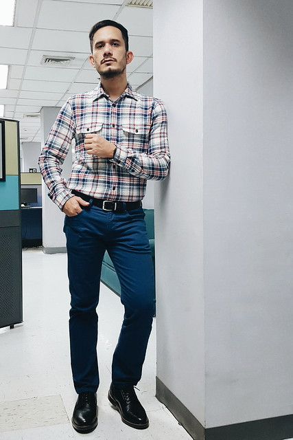 halfwhiteboy - plaid shirt and colored pants 04