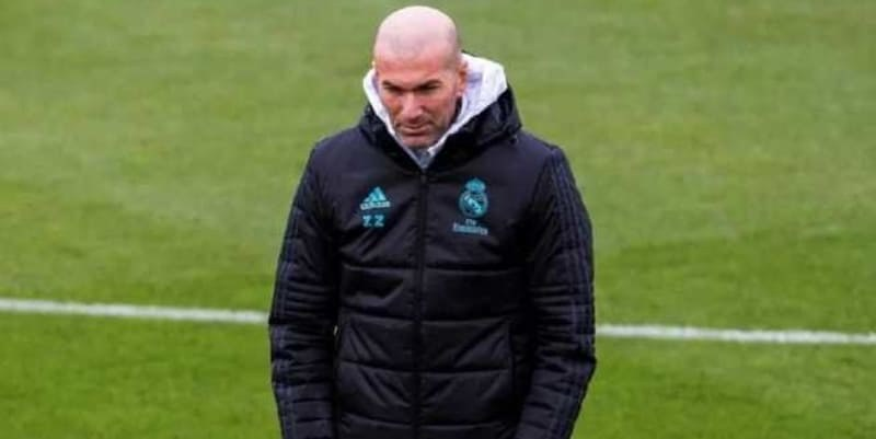 Zinedine Zidane Membawa Seluruh Pemain Real Madrid Untuk Hadir Melawan PSG