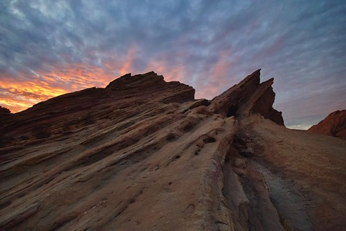 clouds desert nature rockformation sunset vasquezrocks