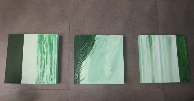 3. Acrylic Painting, Triple, 450.000 Rp, Canon IXUS 255 HS