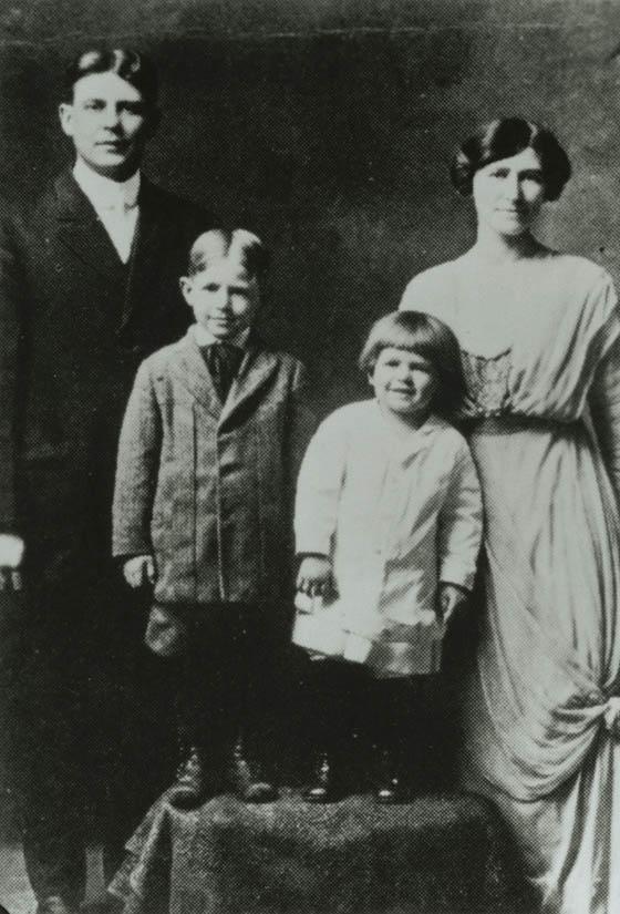 Ronald Reagan with his family, circa 1916-1917.