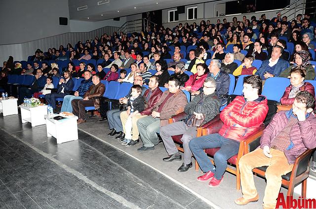 Hasan Çolak Anadolu Lisesi Mehmetçik için konser verdi -3