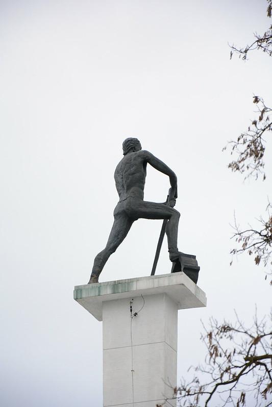 Pomnik ku czci poległych Żołnierzy 75 Pułku Piechoty