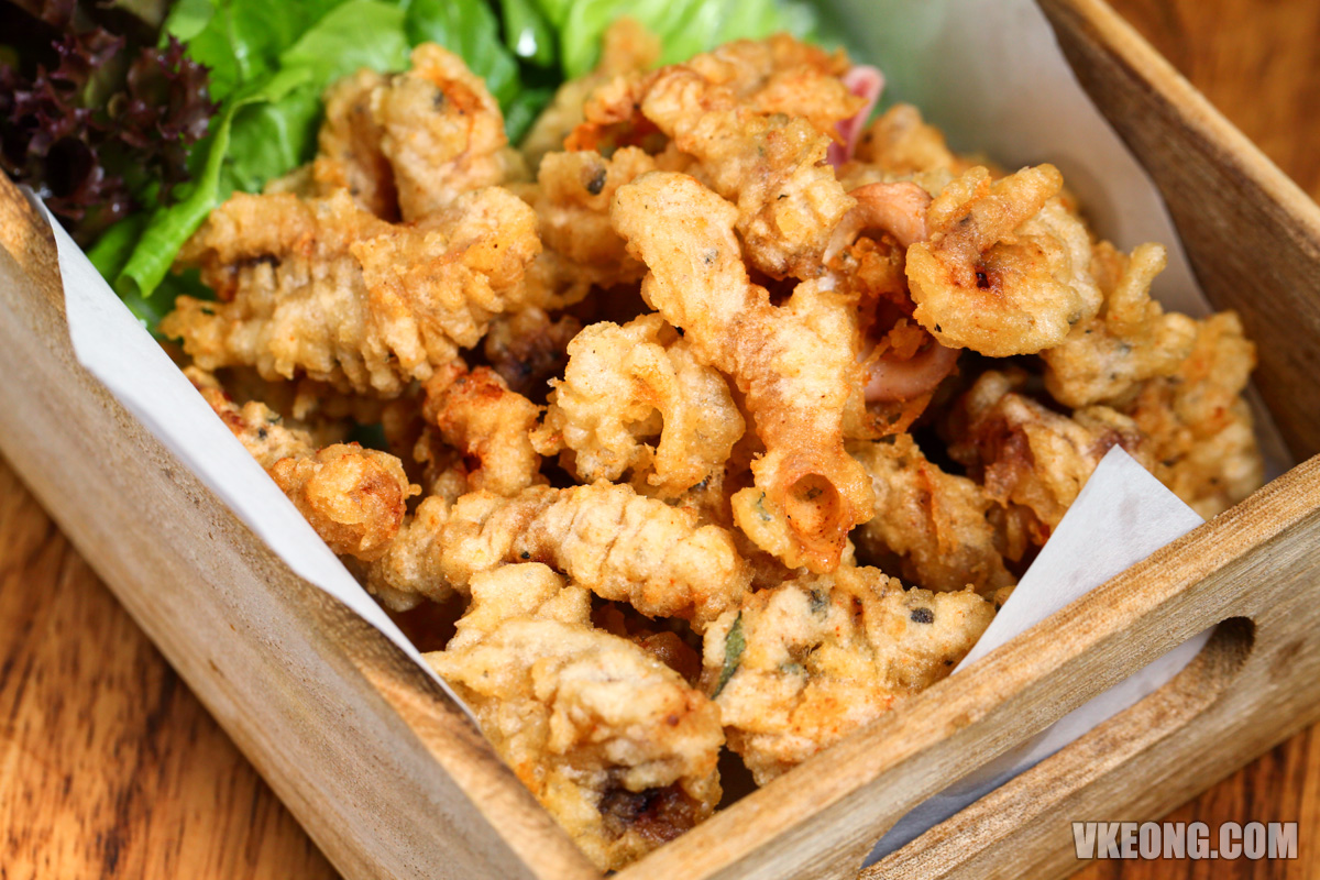 Le-Pont-Boulangerie-Crispy-Fried-Squid-Appetizer