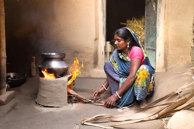 Un foyer...The fire . Navadhi India
