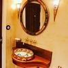 Mexican sink surrounded moroccan ornaments.   #Handfat #badkamerinspiratie #badkamerinspiratie #wastafel #kylpyhuoneremontti #badkamer #bathroomsink #waskomm #badrumsinspiration #badrum #interiordesign #badrumsinspo #badkamerinspiratie #inrednings #handma