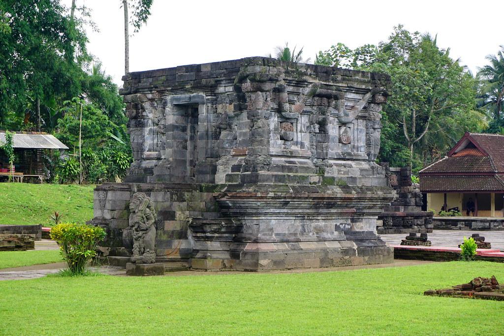 096 Naga Temple