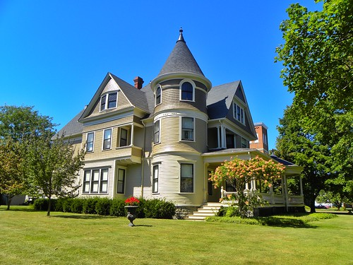 Mount Morris  - New York -  Architecture  Victorian - South Main Street Historic District