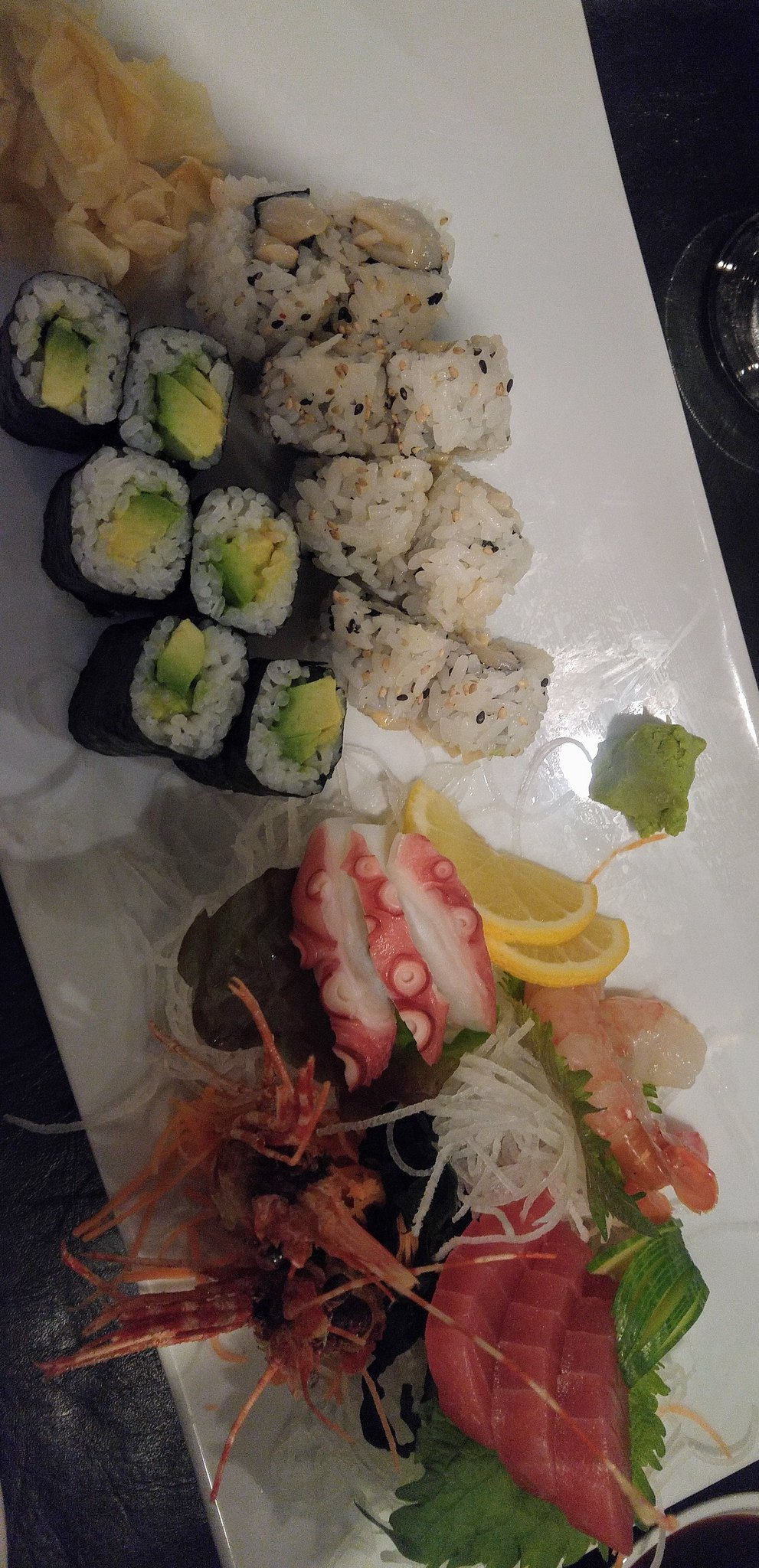 Sushi Yasu cuisine japonaise bouffe aliments nourriture restaurant asiatique