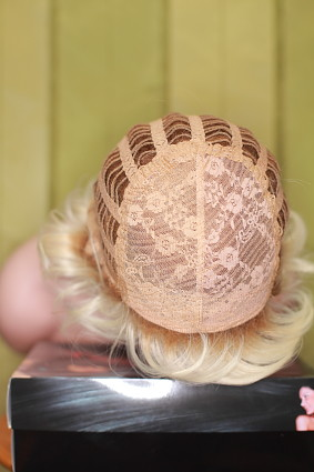 TJ_Ava_futura_platin_blonde_rooted_f